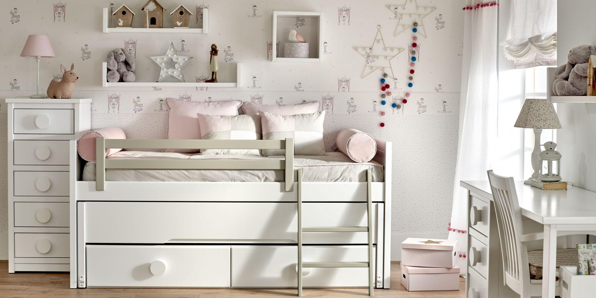 Compacto de dos camas y chifonier de 5 cajones  con zona de estudio