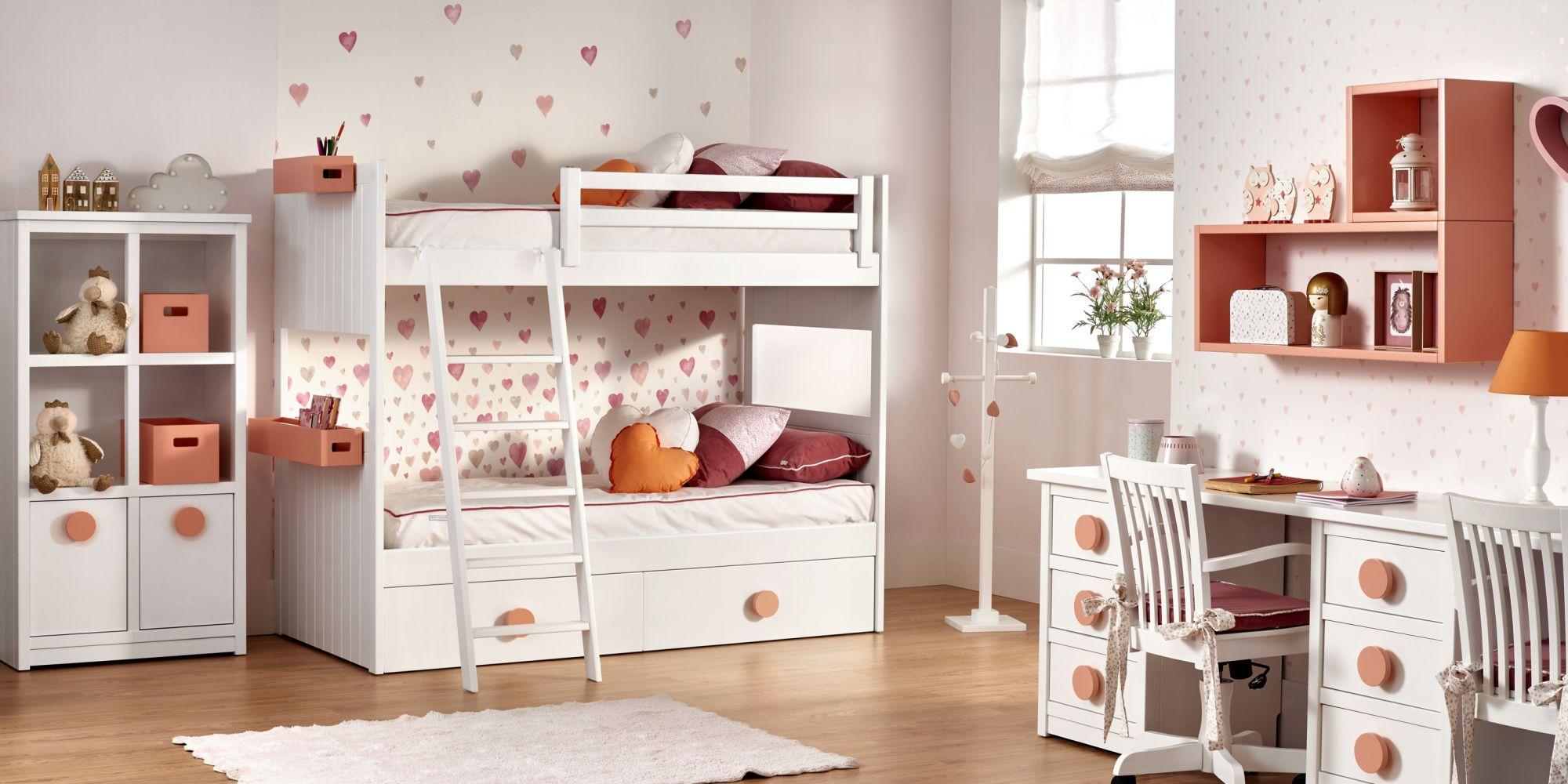 Dormitorio para dos con litera y detalles en color naranja