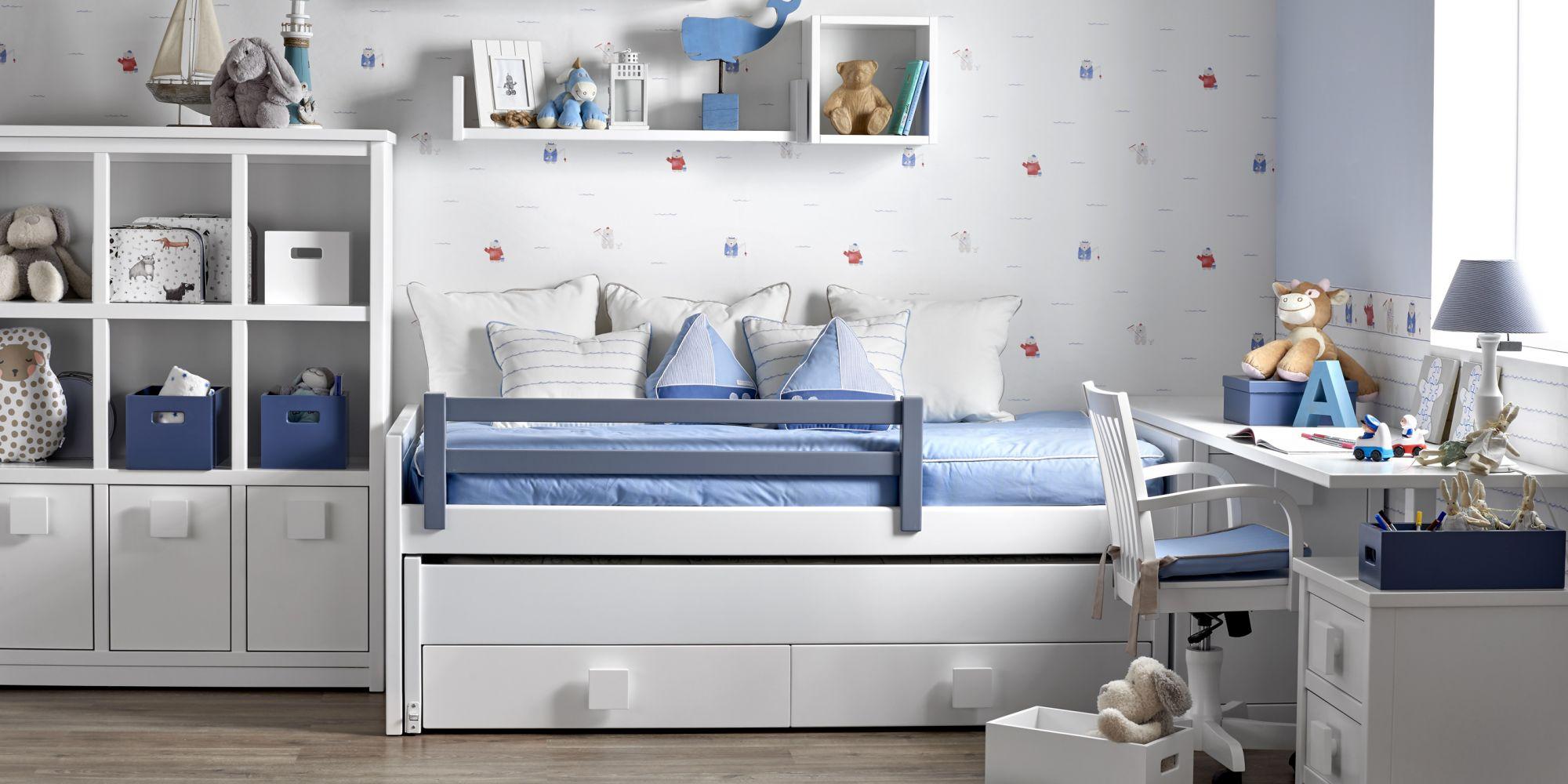 Dormitorio infantil con pomos cuadrados