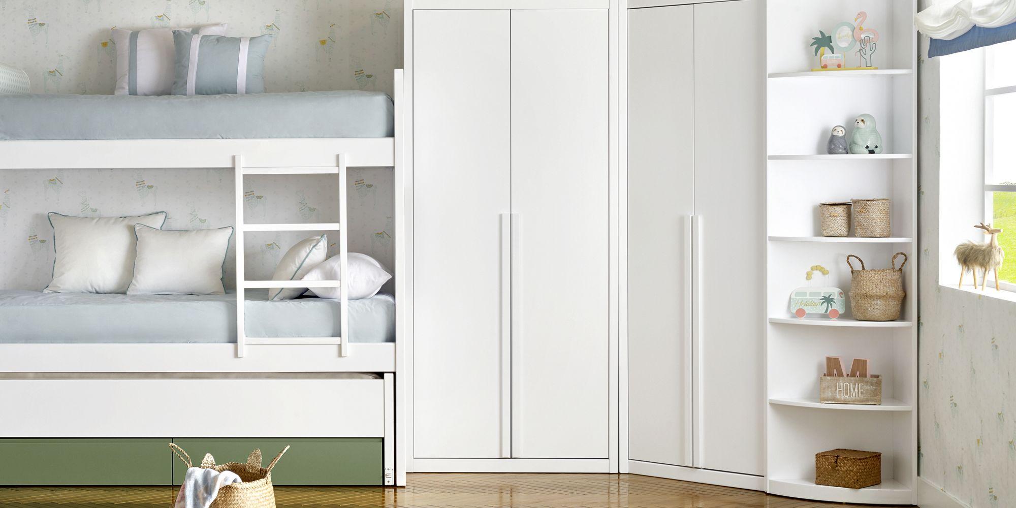 Habitacion con litera y armario de rincon