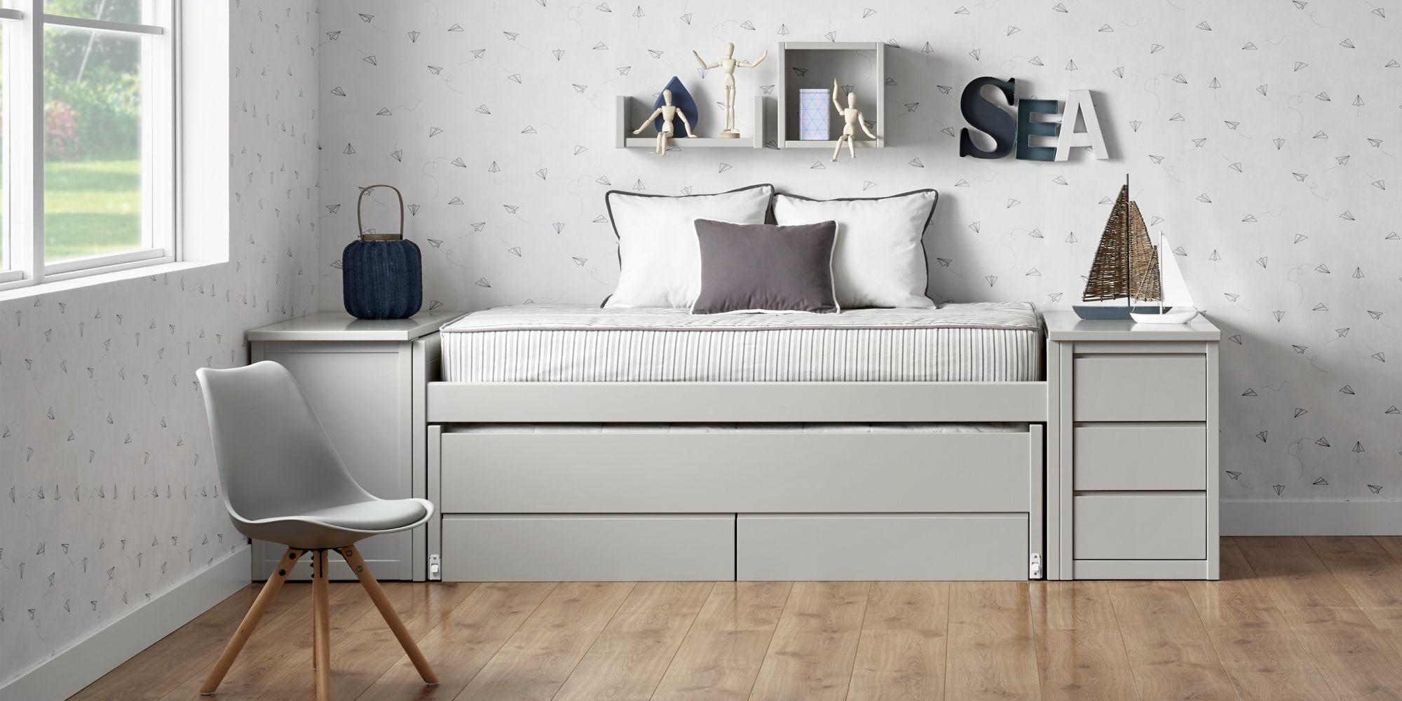 Habitacion gris juvenil escritorio extensible cama compacta y cajones