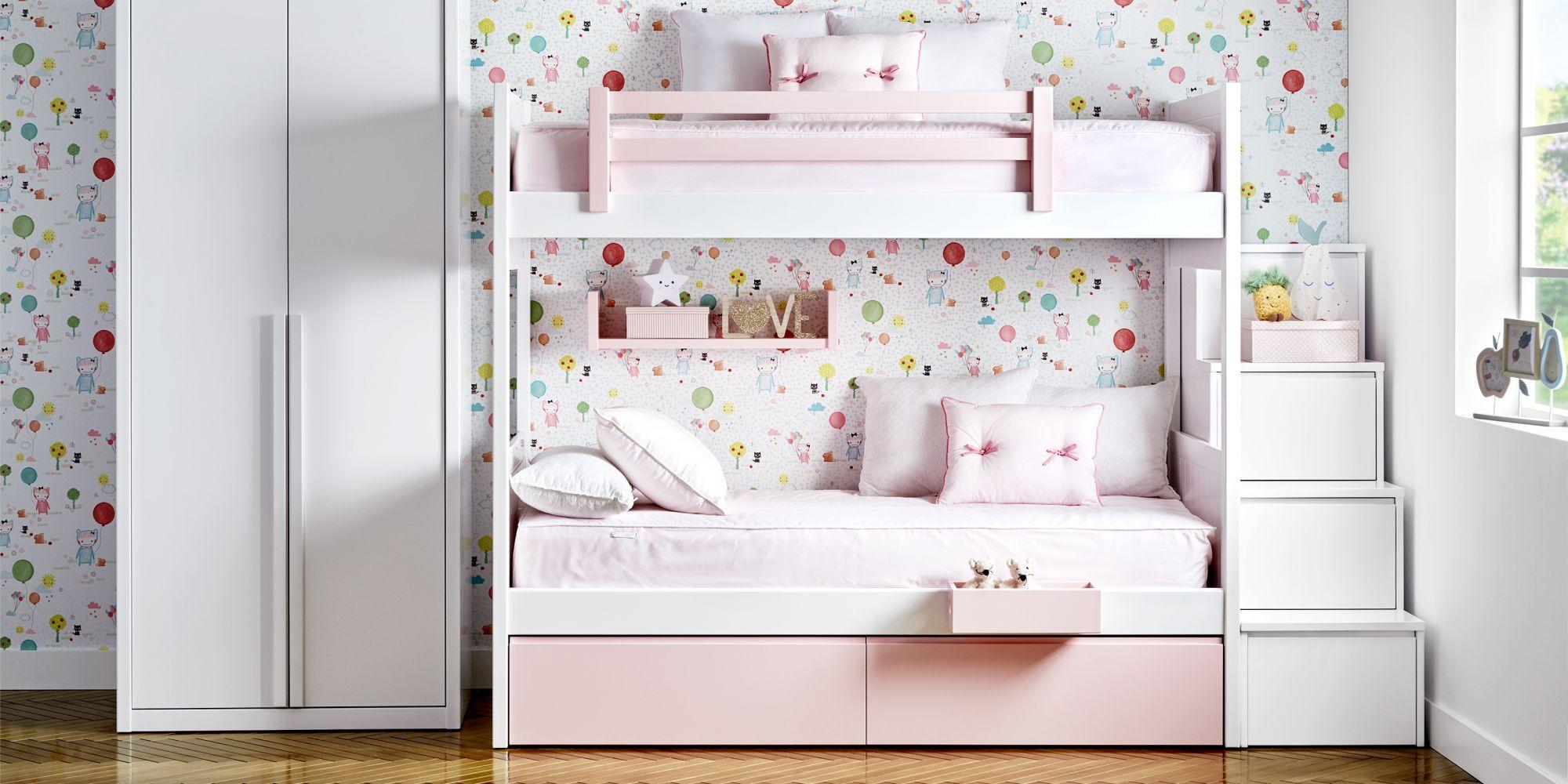 Litera blanca y rosa con armario