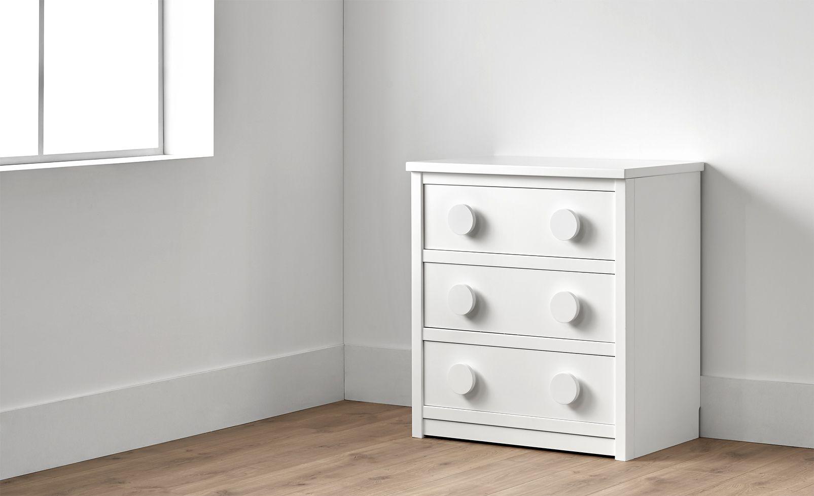 Chiffonier con tres cajones en color blanco