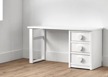 Mesa escritorio con tres cajones en color blanco